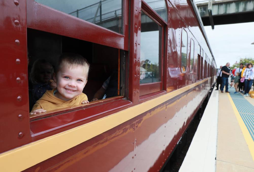 'Legend of steam': Residents, visitors ride Locomotive 3801