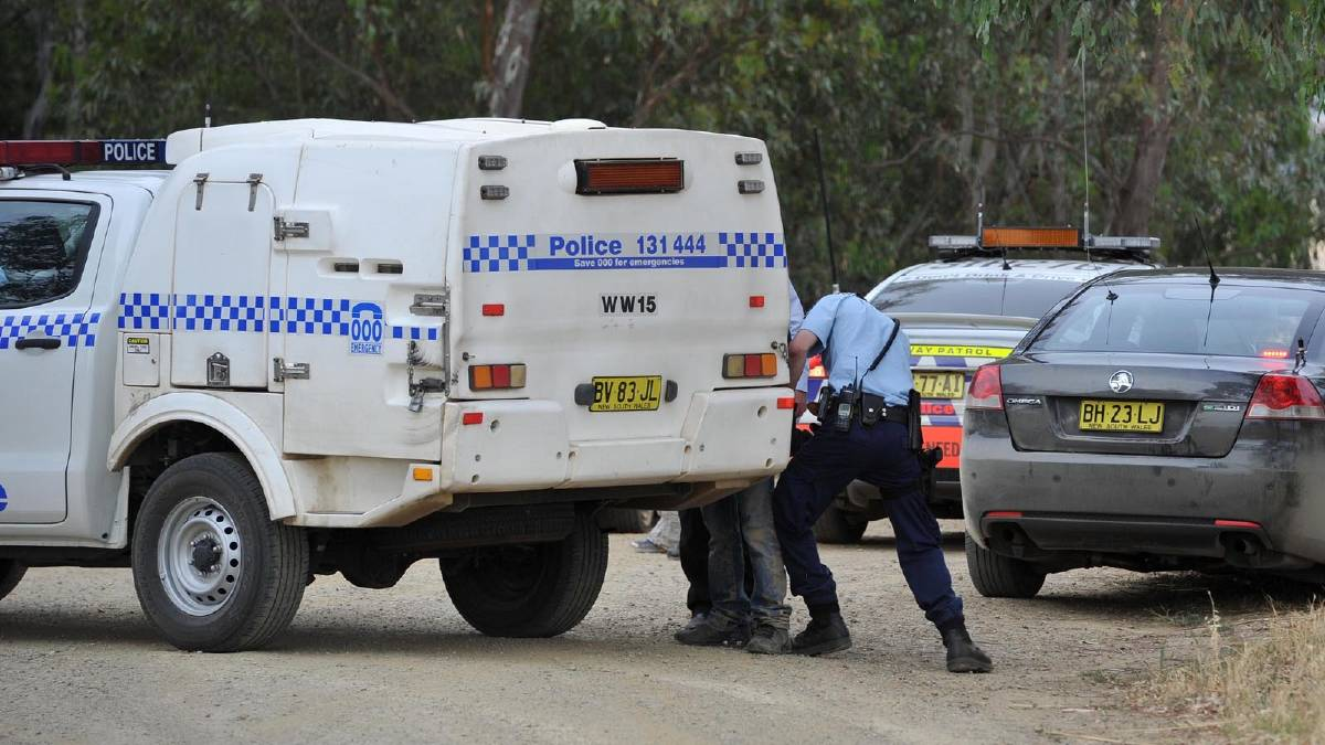 Police arrest suspects in a police chase near Wagga. Picture: Michael Frogley